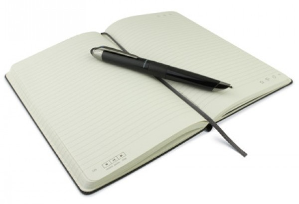 livescribe-moleskine_notebook_pen_440x307